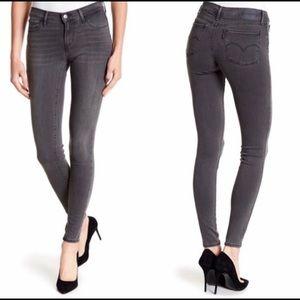 Black 710 Levi's Super Skinny Ankle Jeans Size 27